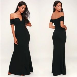 NWOT LULUS Lynne Black Off-the-Shoulder Maxi Dress